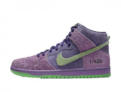 "Fake Nike SB Dunk High ""Purple Skunk 420"""