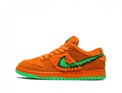 """Fake Nike SB Dunk Low Grateful Dead Bears """"Orange"""""""