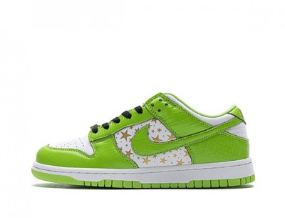 "Best Fake Supreme x Nike SB Dunk Low ""Green Star"""